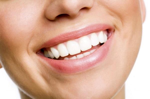 Chăm sóc răng miệng tại nhà